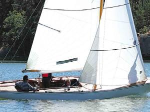 EYSTRA 5 m-luokan veneen kunnostus osa 5 – Ensipurjehdus ja veneeseen tutustuminen