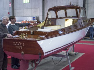 Puuveneet Helsingin venemessuilla
