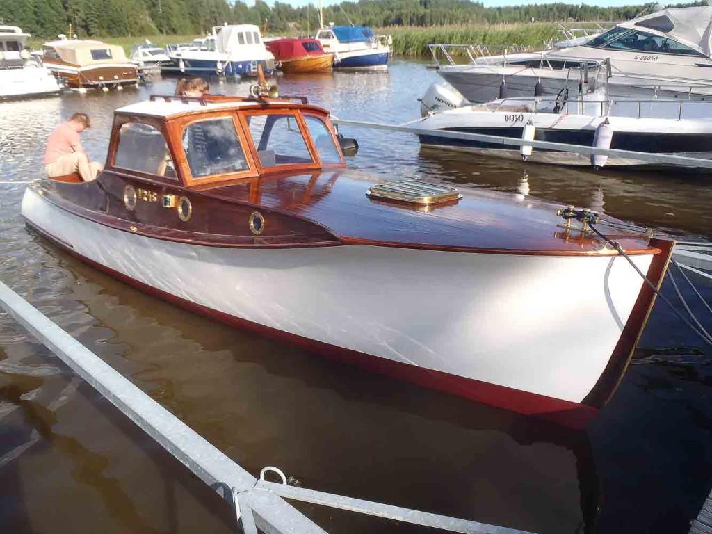 Ahdin linjoissa on samaa kuin presidentti Relanderille rakennetussa veneessä on.