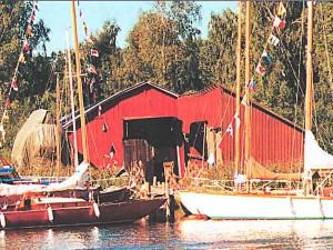 VIIKON 12 KYSYMYS: Mikä kuuluisa veneveistämö on kuvassa